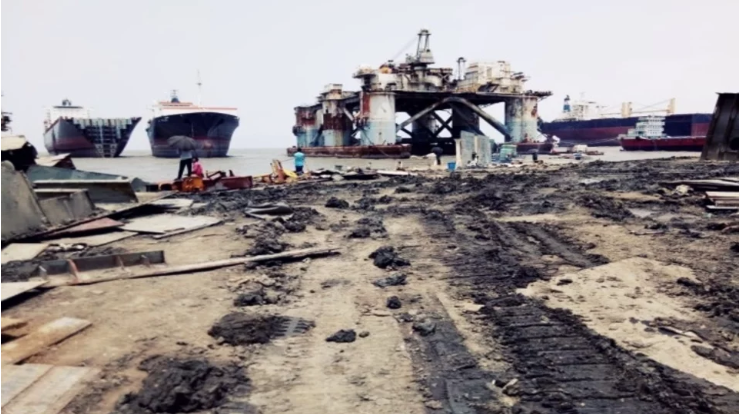 ship breaking industry in bangladesh