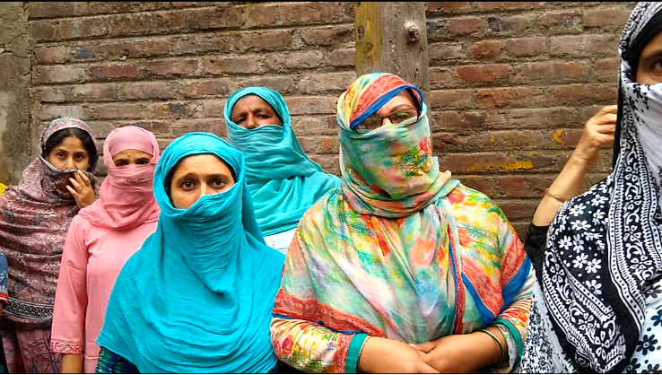 Kashmir Women in Rainawari